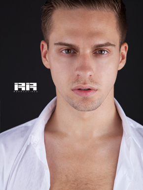Elliot Powell - Dancer - RiRi Productions