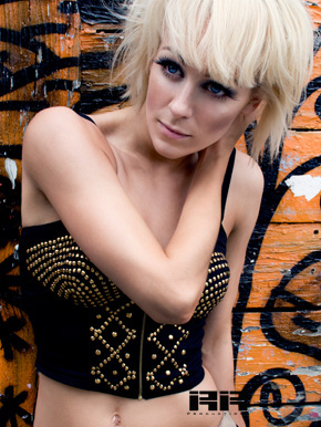 Emily Lewis Dancer